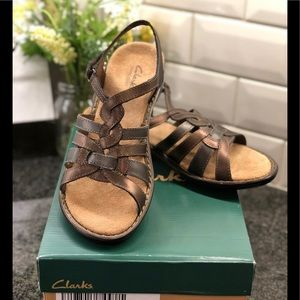 Clarks Bendables Sandals.   Bronze Metallic Color